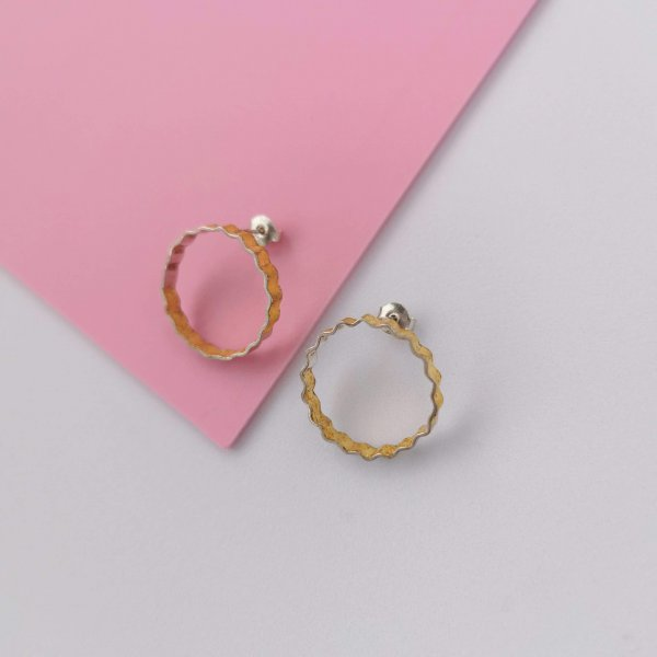 Corrugated silver earrings half covered with 24kt gold